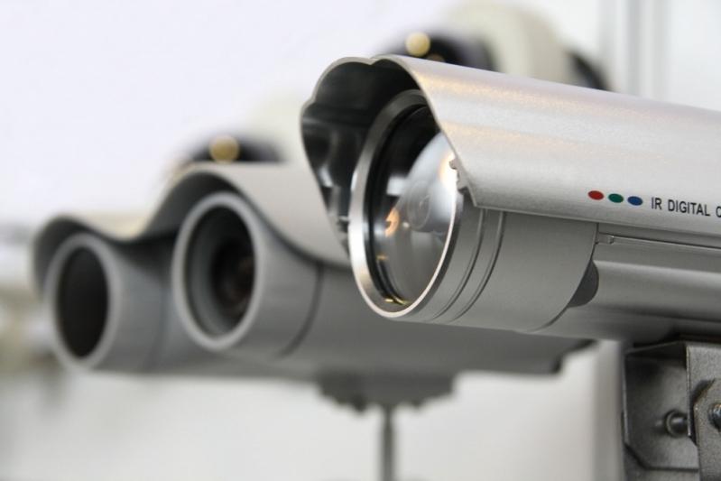 câmeras de vigilância externa na Vila Sônia